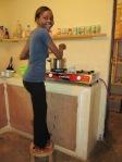Monica aan het koken