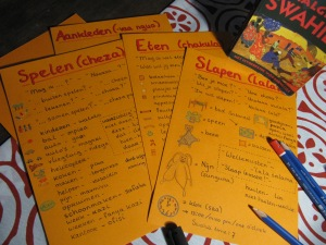 De kaartjes voor Monica met Joeps taal